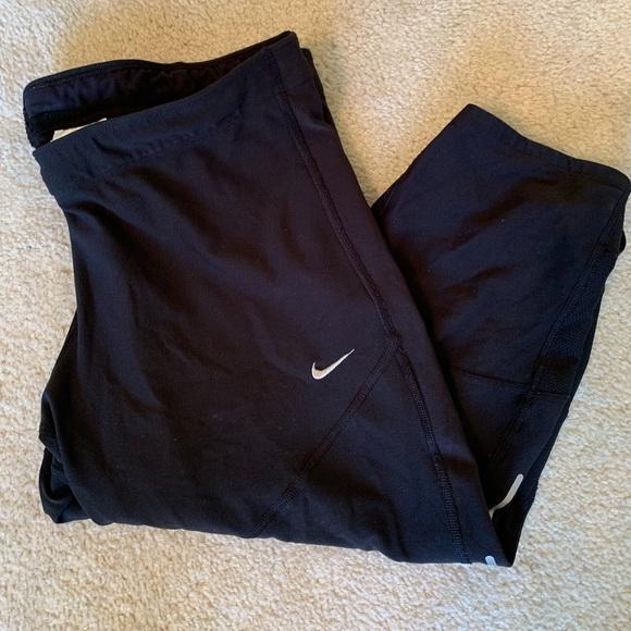 Nike Pants - Cropped Nike Dri-fit leggings